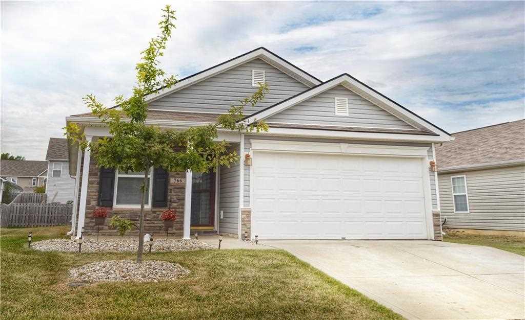 766 Sunvista Drive Avon, IN 46123 | MLS 21512356 Photo 1