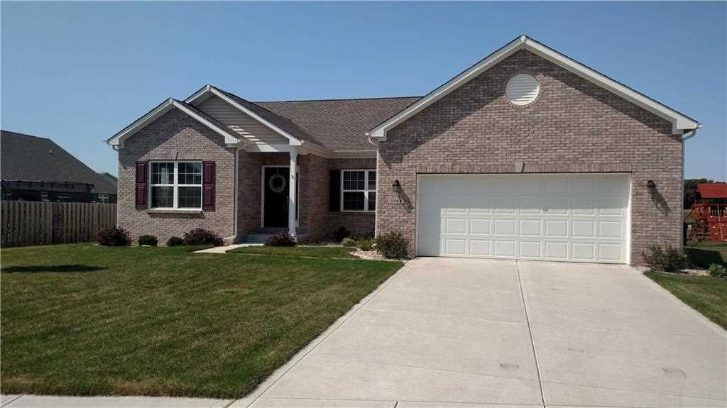 3264 S Courtney Drive New Palestine, IN 46163 | MLS 21512217 Photo 1