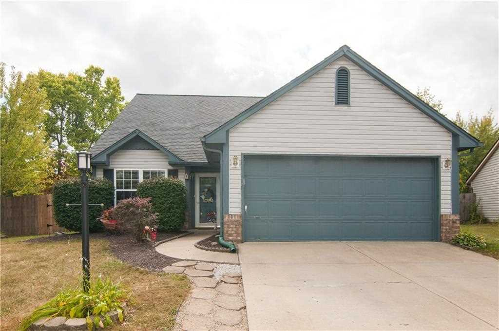 17729 White Willow Drive Westfield, IN 46074 | MLS 21512826 Photo 1