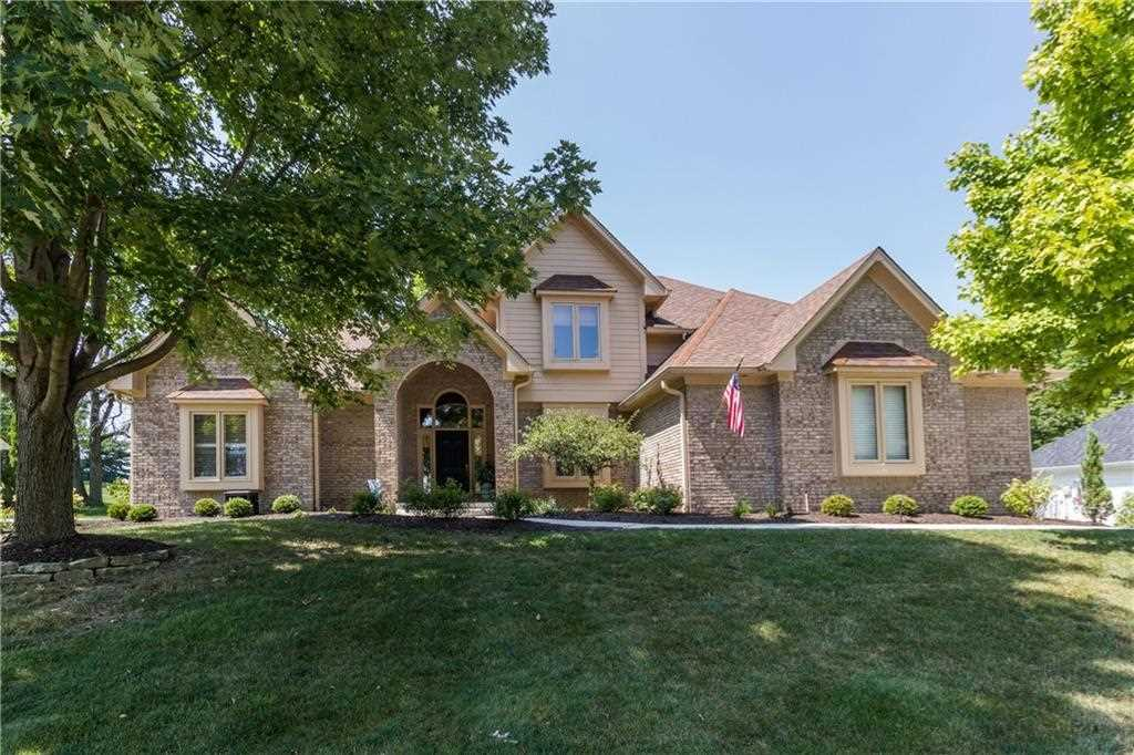 290 Fairway Lakes Drive Franklin, IN 46131 | MLS 21513958 Photo 1