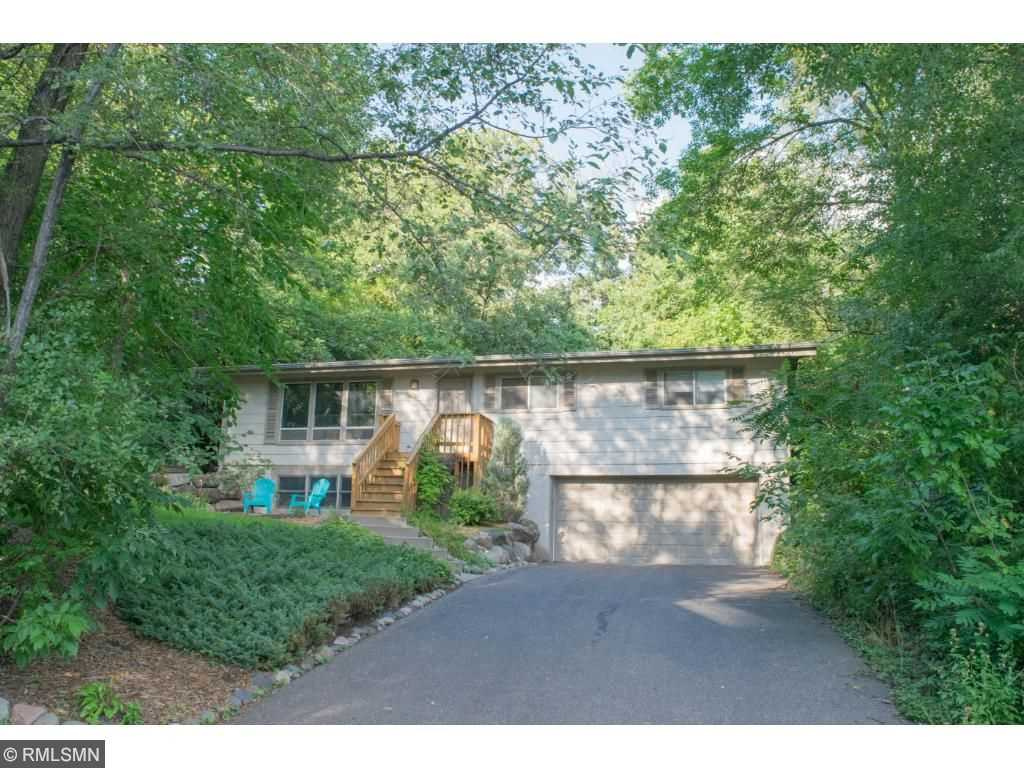Plymouth hennepin county mls 4866938 1730 forestview for Front door hennepin county