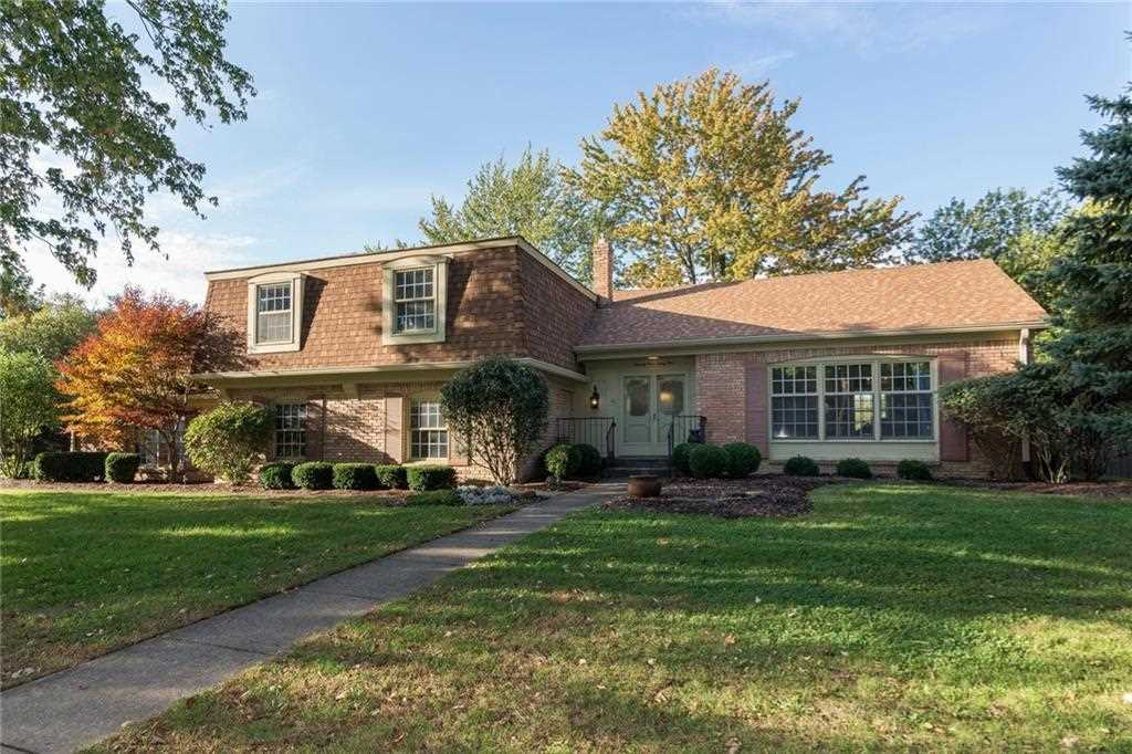 7334 E 65Th Street Indianapolis, IN 46256 | MLS 21517721 Photo 1