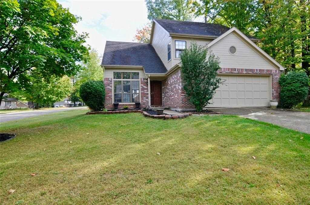 11537 Crescent Court Indianapolis, IN 46236 | MLS 21517314 Photo 1