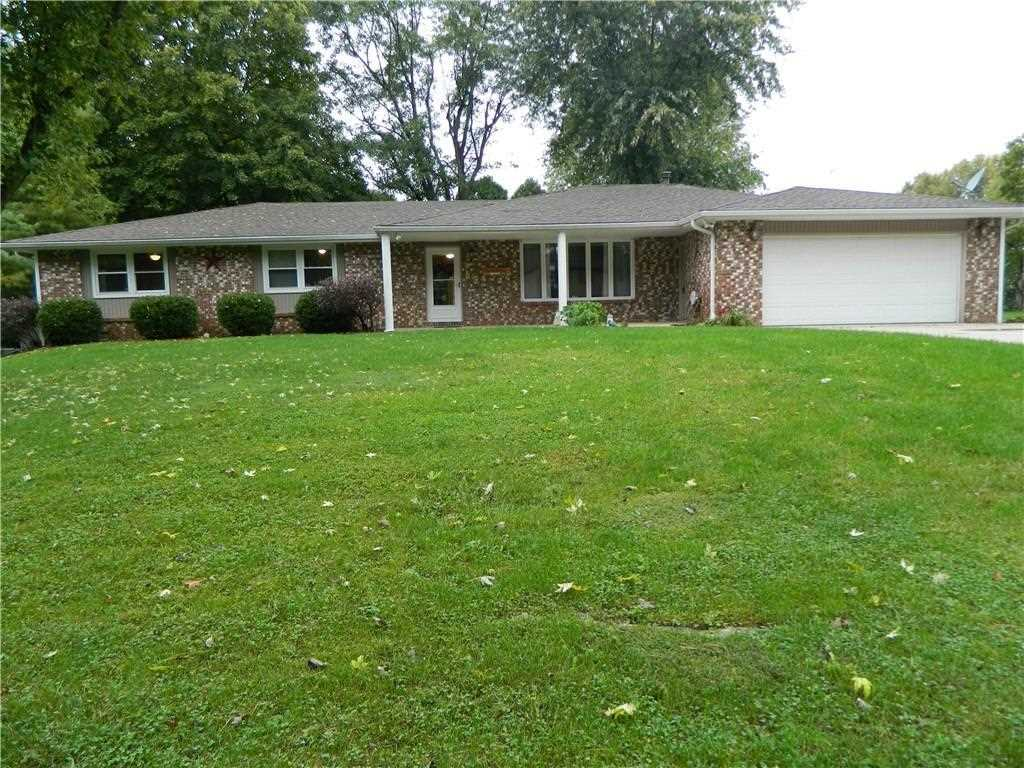 605 N Parkwood Drive Muncie, IN 47304 | MLS 21517536 Photo 1
