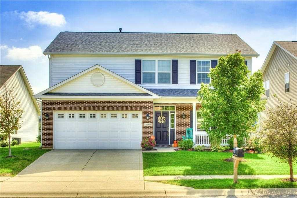 15262 Atkinson Drive Noblesville, IN 46060 | MLS 21516347 Photo 1