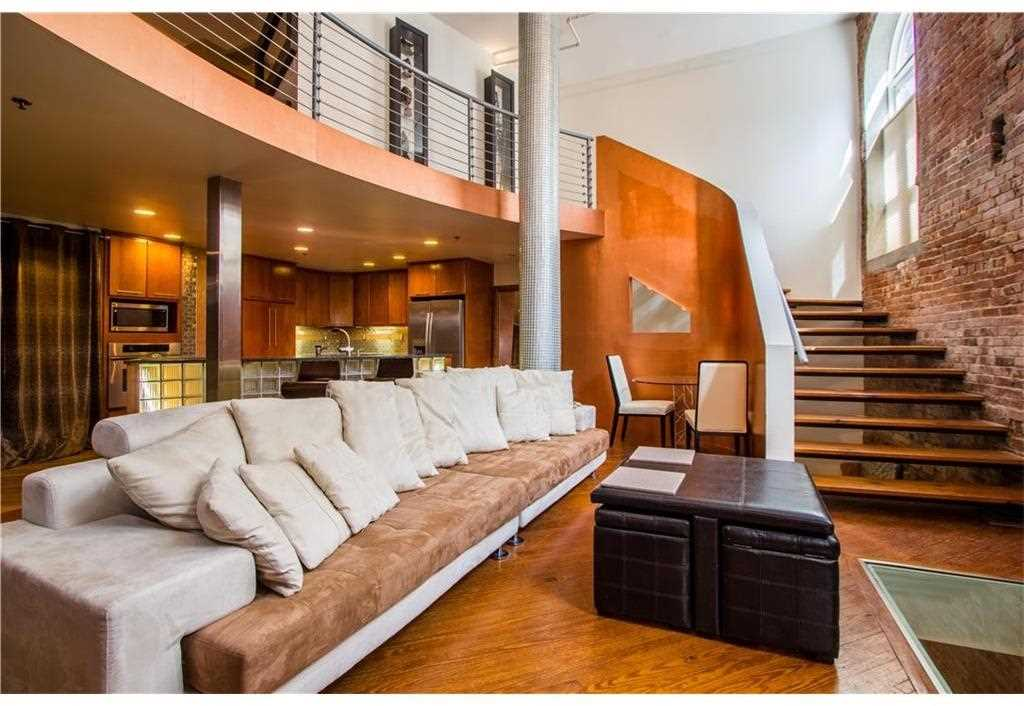 330 Peters St Sw 106 Is A Lofts For Sale Located In The