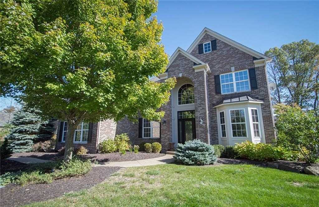 6831 Woodhaven Place Zionsville, IN 46077 | MLS 21522125 Photo 1