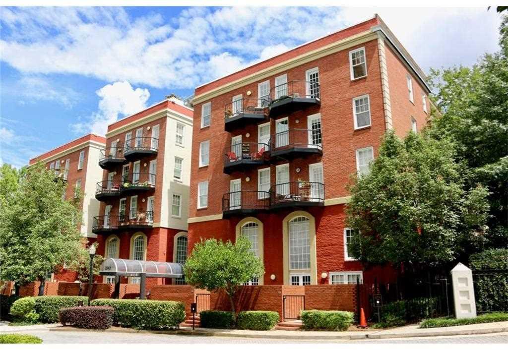 2840 Peachtree Rd NW #411 Atlanta, GA 30305 | MLS 5928545 Photo 1