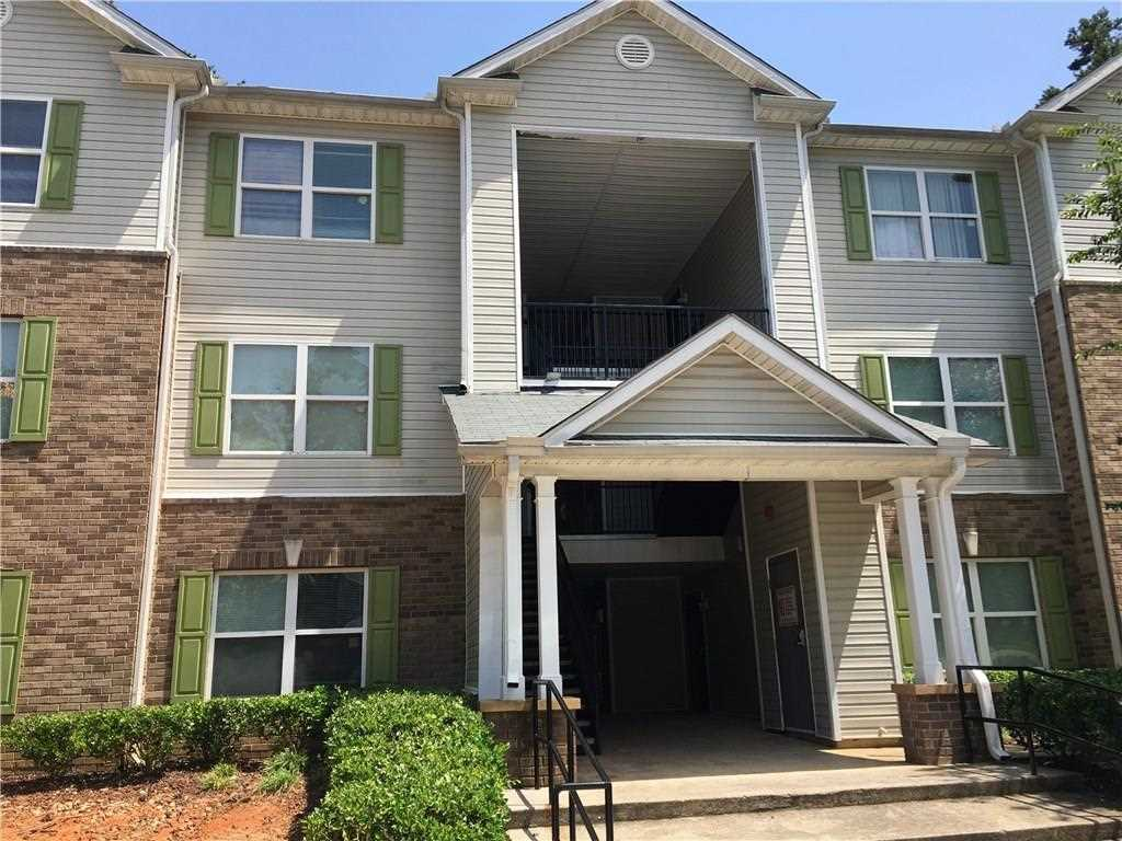 9303 Fairington Ridge Circle Lithonia, GA 30038 | MLS 5930177 Photo 1