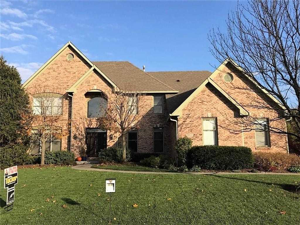 13827 Smokey Ridge Drive Carmel, IN 46033 | MLS 21503739 Photo 1