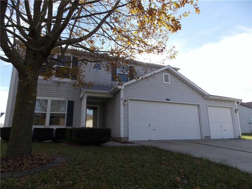 1809 Chatham Place Danville, IN 46122 | MLS 21497402 Photo 1