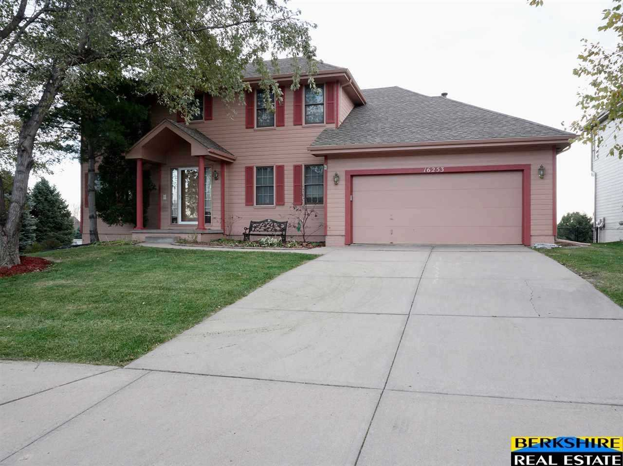 16253 Polk Omaha, NE 68118 | MLS 21721373 Photo 1