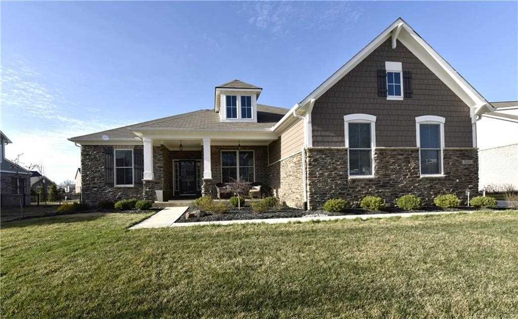 6102 Ruthven Drive Noblesville, IN 46062 | MLS 21526943 Photo 1