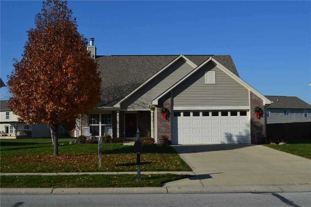 2778 Bluewood Way Plainfield, IN 46168 | MLS 21527017 Photo 1