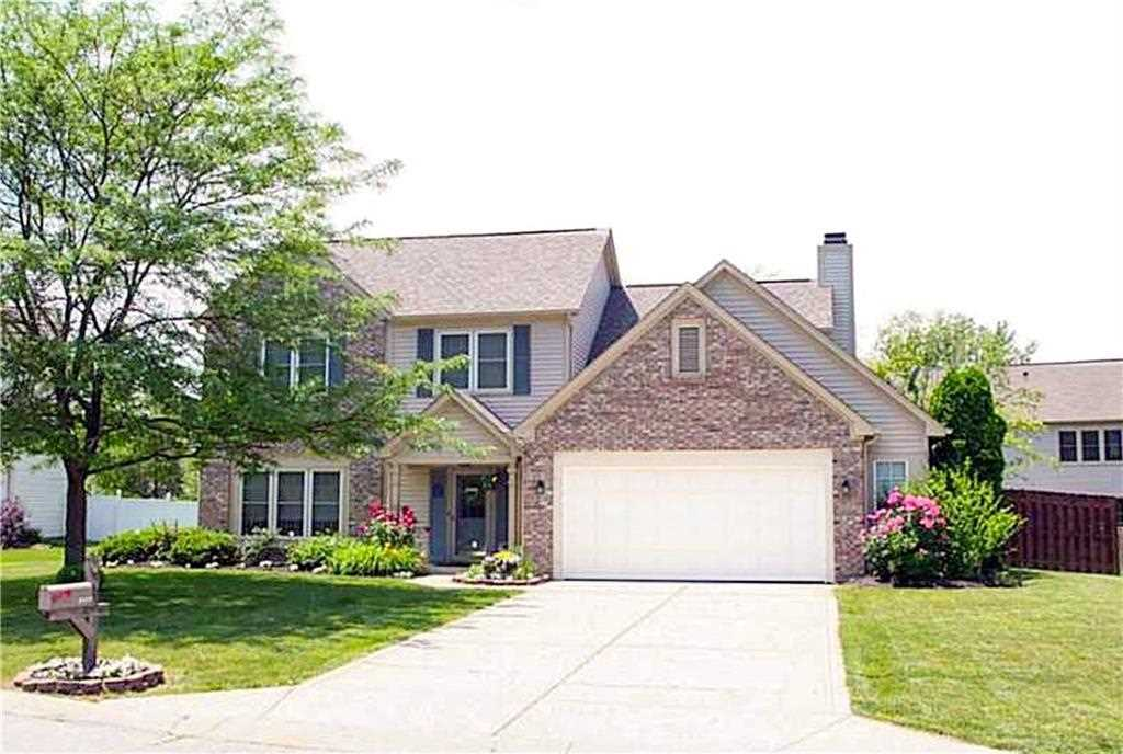 8629 Burrell Lane Indianapolis, IN 46256 | MLS 21526230 Photo 1