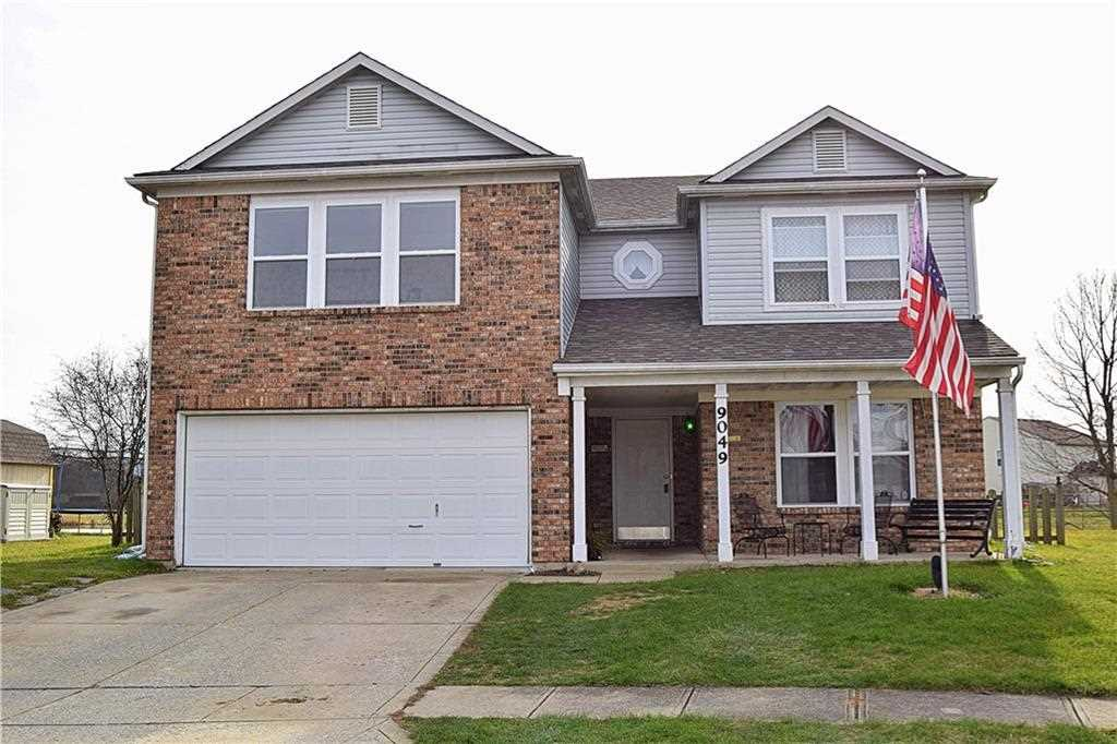 9049 Bayview Circle Plainfield, IN 46168 | MLS 21527385 Photo 1