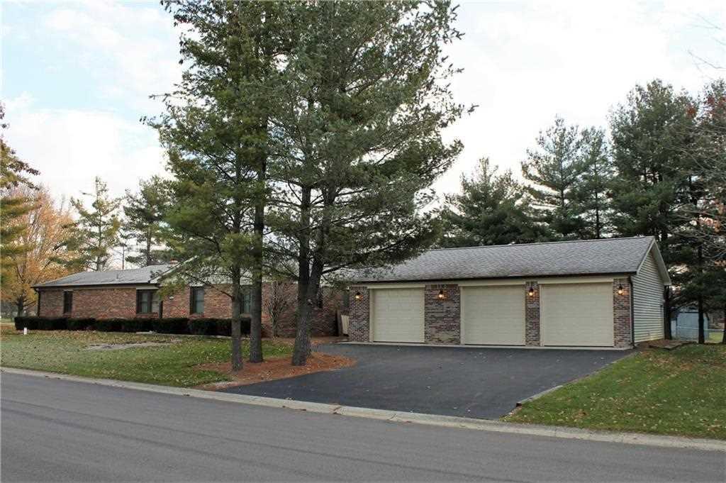 1455 Normandie Drive Avon, IN 46123 | MLS 21527557 Photo 1