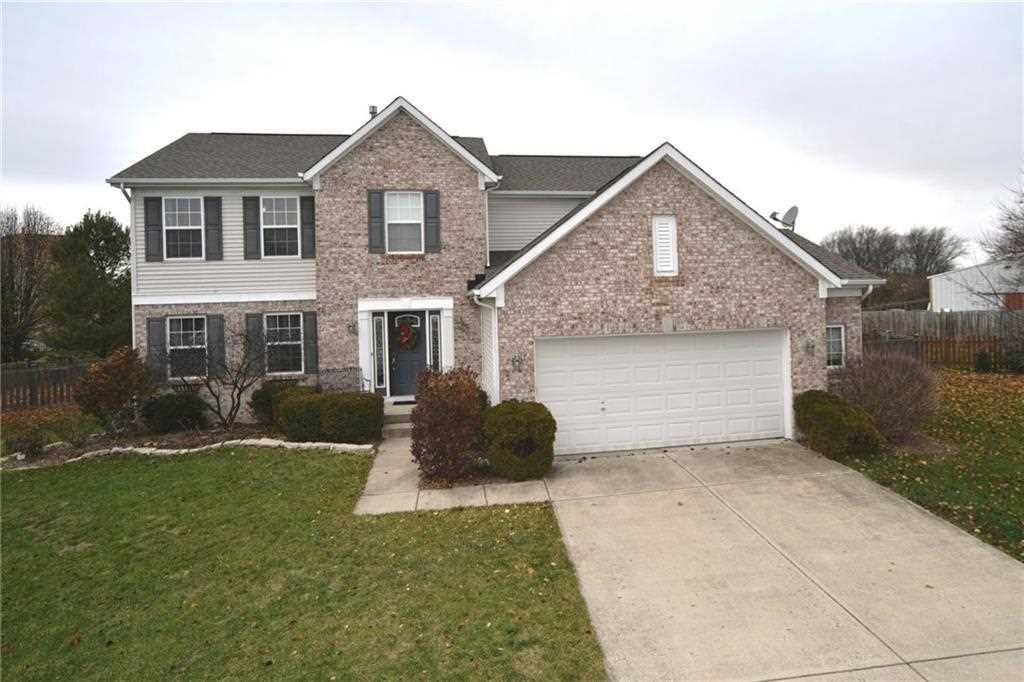 1958 Greenlawn Circle Avon, IN 46123 | MLS 21524947 Photo 1
