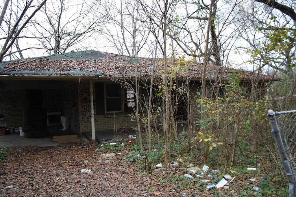 401 Cleveland Circle SW - FMLS# 5940738 Photo 1