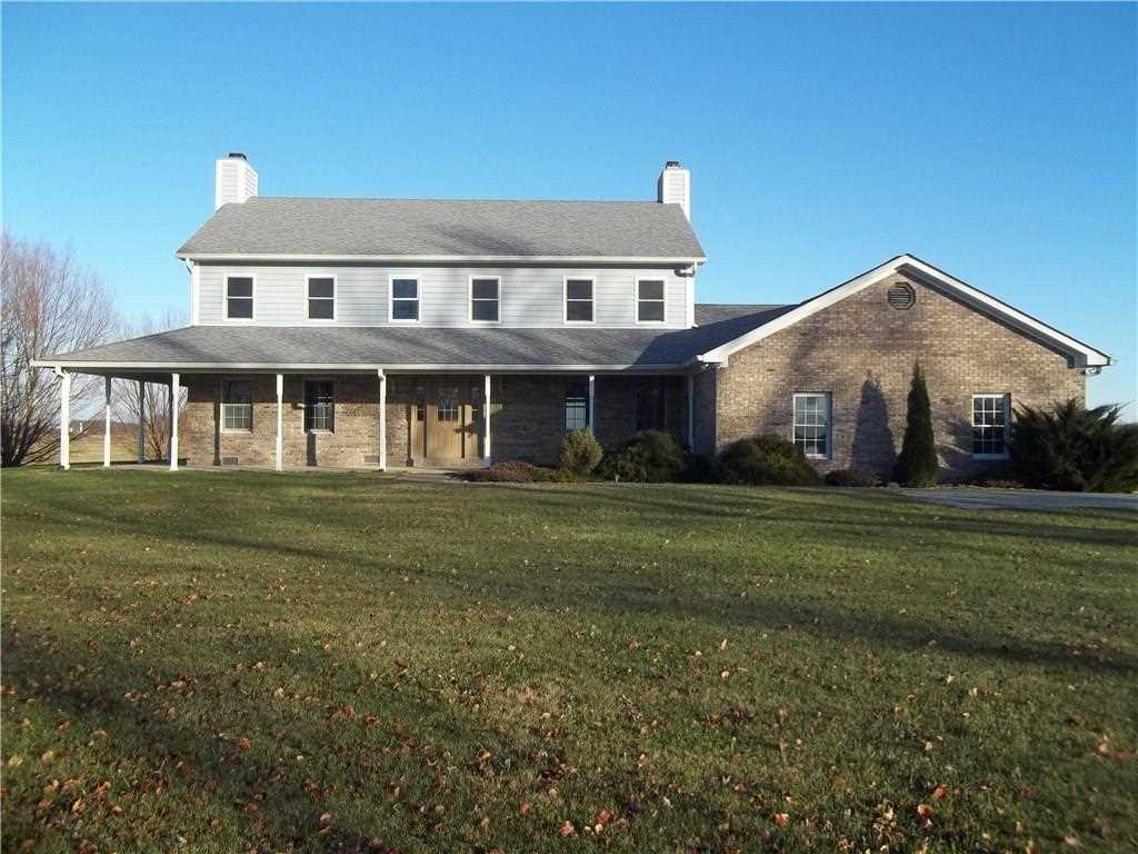 2107 S State Road 135 Franklin, IN 46131 | MLS 21528596 Photo 1