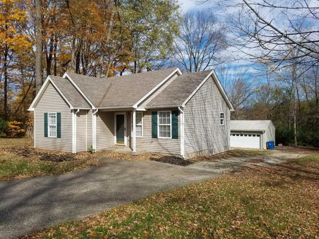 207 Dawkins Rd La Grange KY in Oldham County - MLS# 1490338   Real Estate Listings For Sale  Search MLS Homes Condos Farms Photo 1