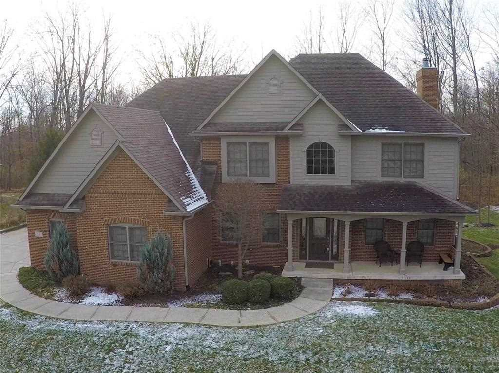 10725 Hidden Oak Way Indianapolis, IN 46236 | MLS 21526086 Photo 1