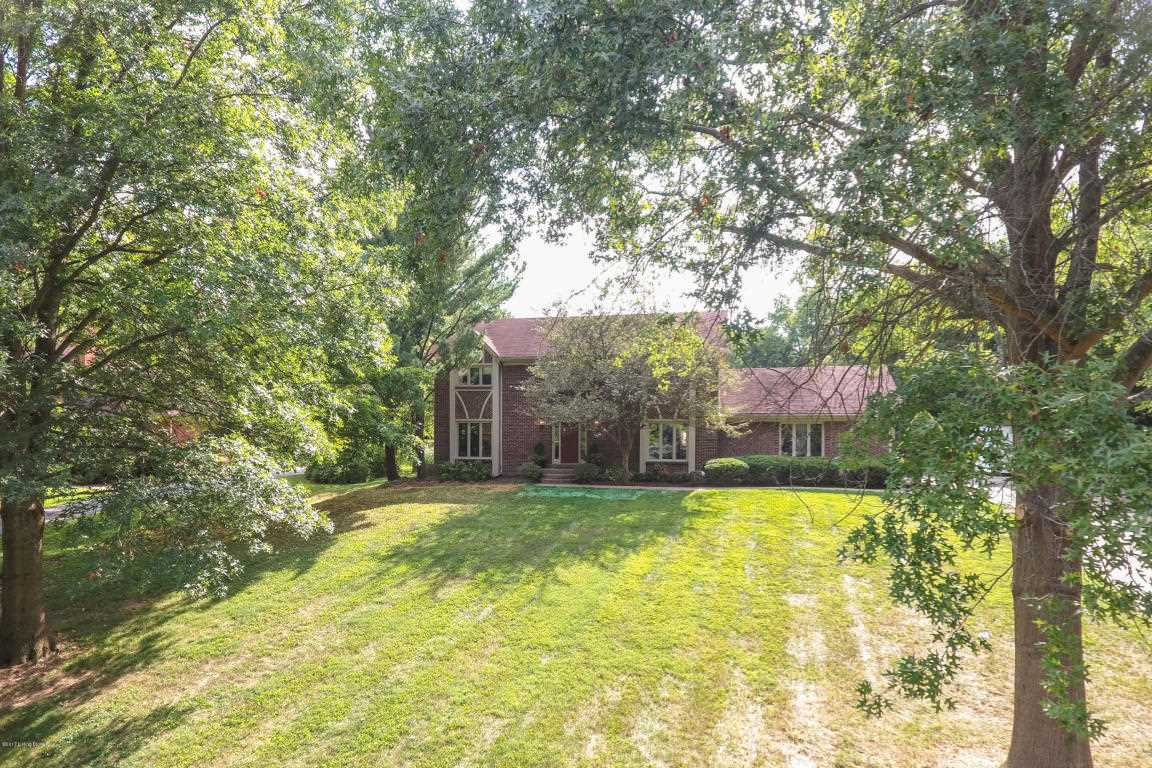 800 N Arbor Dr Anchorage, KY 40223 | MLS 1485316 Photo 1