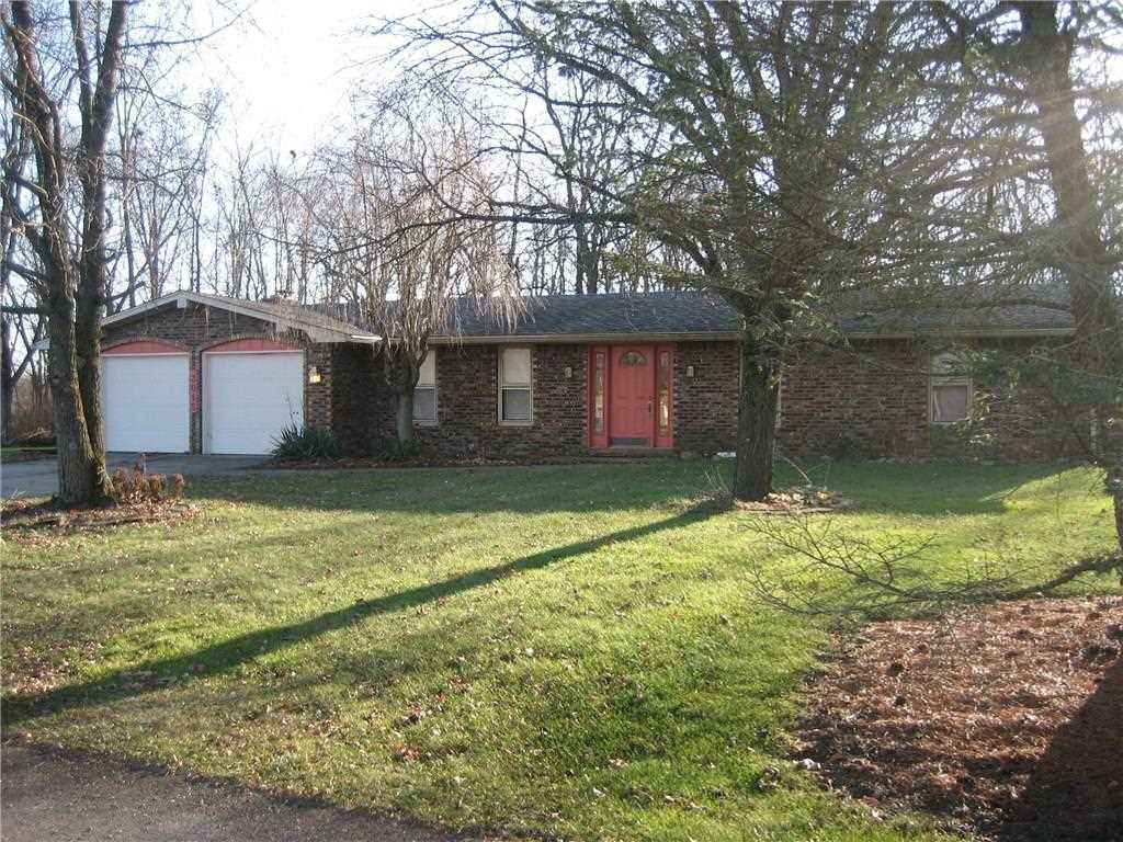 3015 Fall Drive Anderson, IN 46012 | MLS 21529088 Photo 1