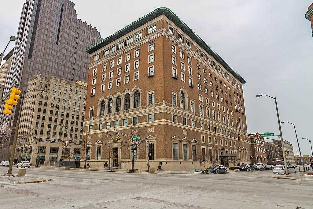 350 N Meridian Street #411 Indianapolis, IN 46204 | MLS 21529605 Photo 1