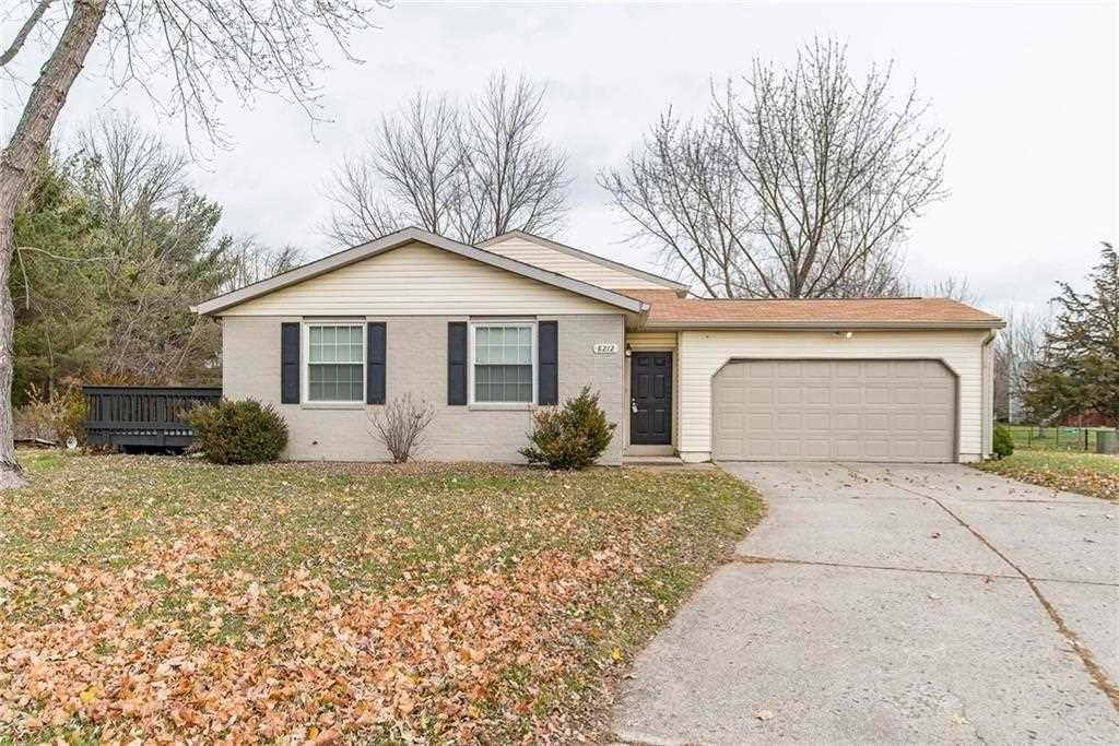 8212 Old Prairie Court Indianapolis, IN 46256 | MLS 21524310 Photo 1