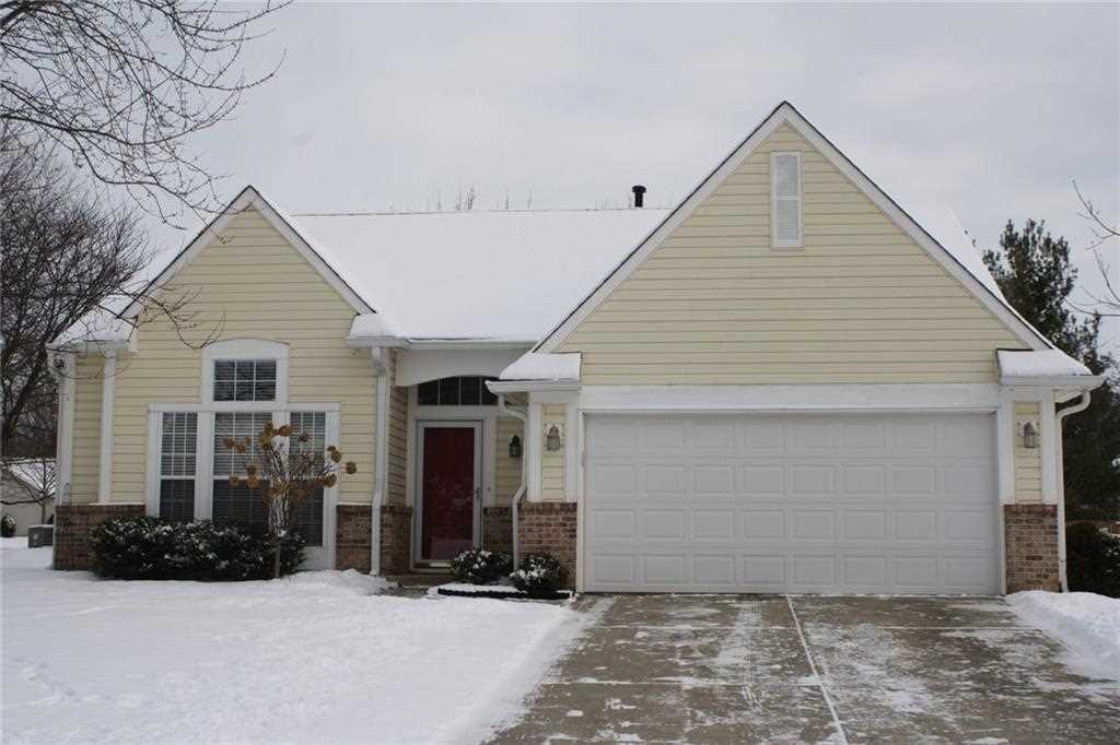 10701 Northfield Place Fishers, IN 46038 | MLS 21529628 Photo 1