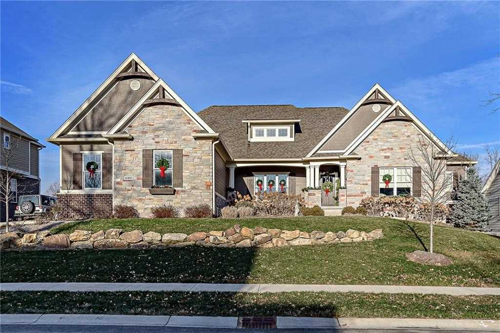 16882 Oak Manor Drive Westfield, IN 46074 | MLS 21530085 Photo 1