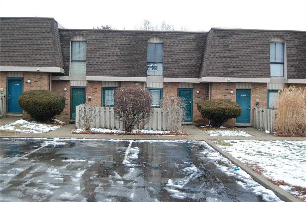 7492 Country Brook Drive #7492 Indianapolis, IN 46260 | MLS 21539810 Photo 1