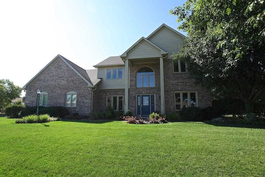 9954 Water Crest Drive Fishers, IN 46038 | MLS 21539812 Photo 1