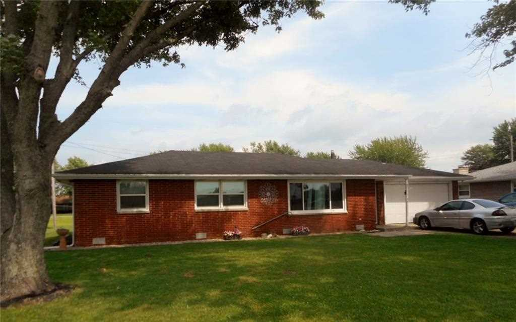3146 S 200 E Anderson, IN 46017 | MLS 21540344 Photo 1