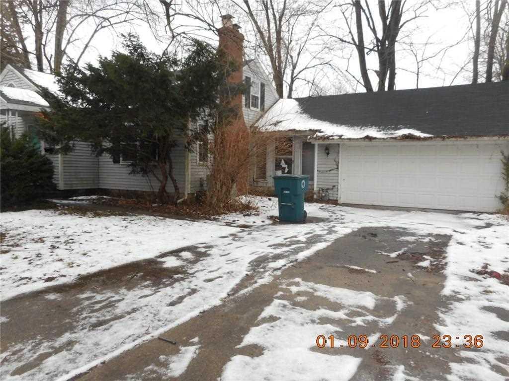 3220 W Ethel Avenue Muncie, IN 47304 | MLS 21540319 Photo 1