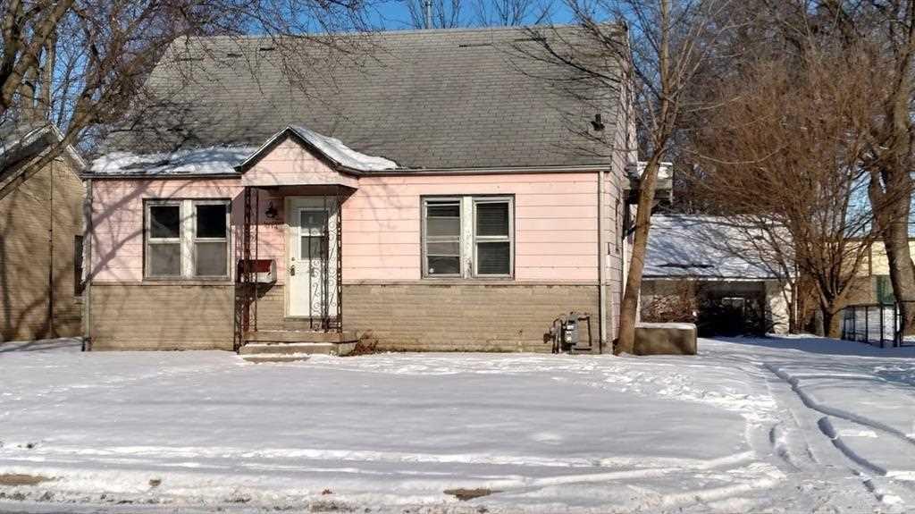 2114 E 5Th Street Anderson, IN 46012 | MLS 21540250 Photo 1