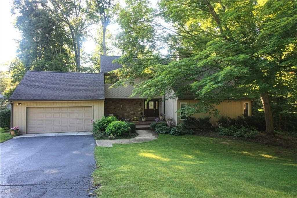 3649 N Devon Drive Martinsville, IN 46151 | MLS 21524132 Photo 1