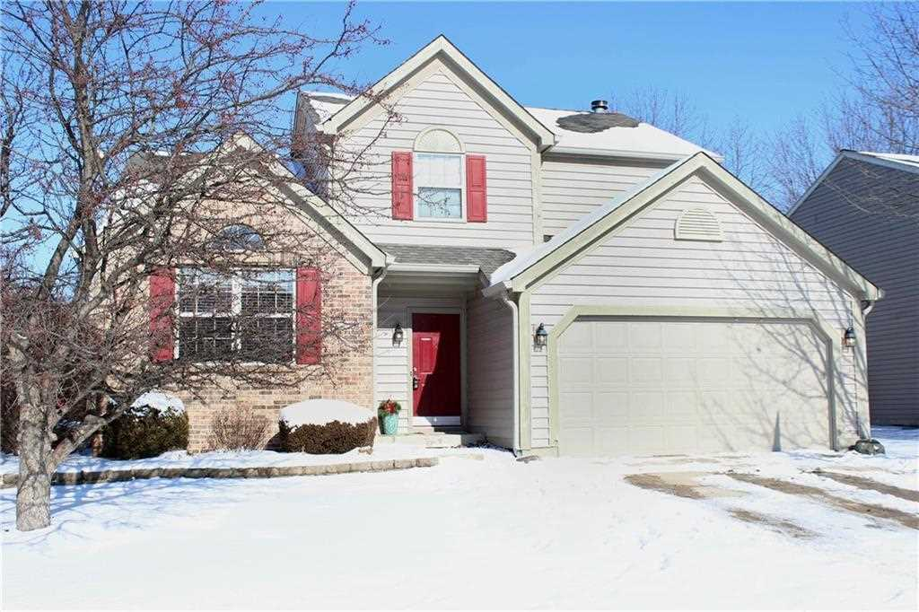 8872 Glass Chimney Lane Fishers, IN 46038 | MLS 21540977 Photo 1