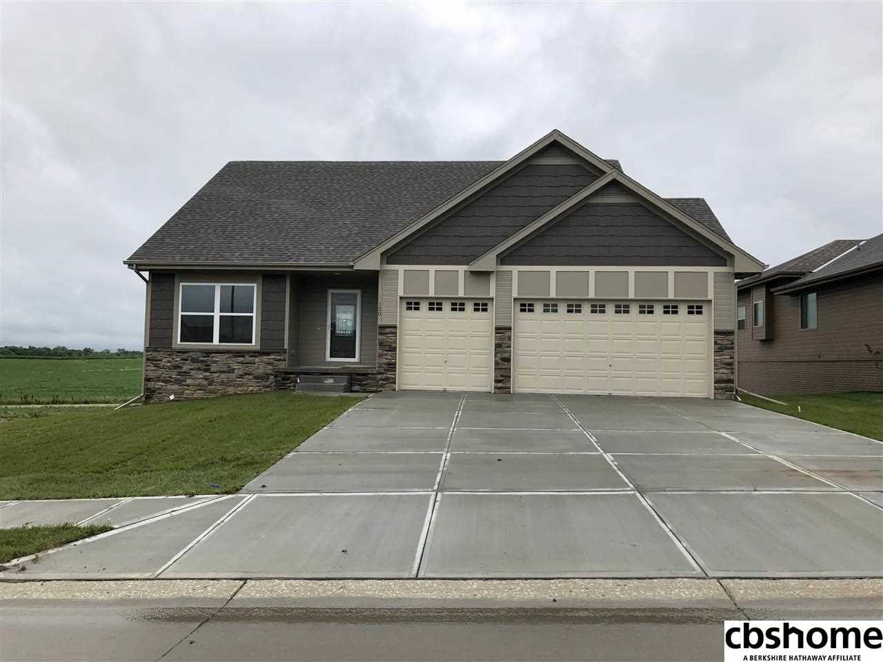 120 Broken Arrow Yutan, NE 68073 | MLS 21721596 Photo 1