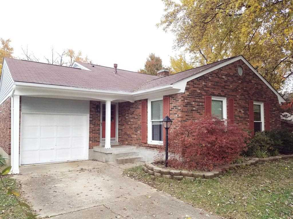 8309 Autumnwood Way Louisville KY in Jefferson County - MLS# 1490354   Real Estate Listings For Sale  Search MLS Homes Condos Farms Photo 1