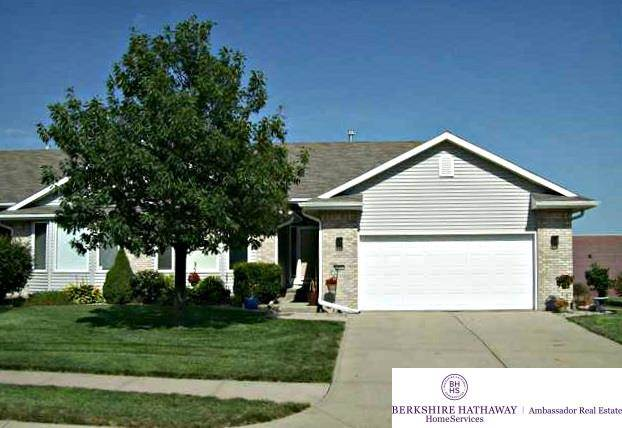 13802 Sahler Omaha, NE 68164 | MLS 21801185 Photo 1