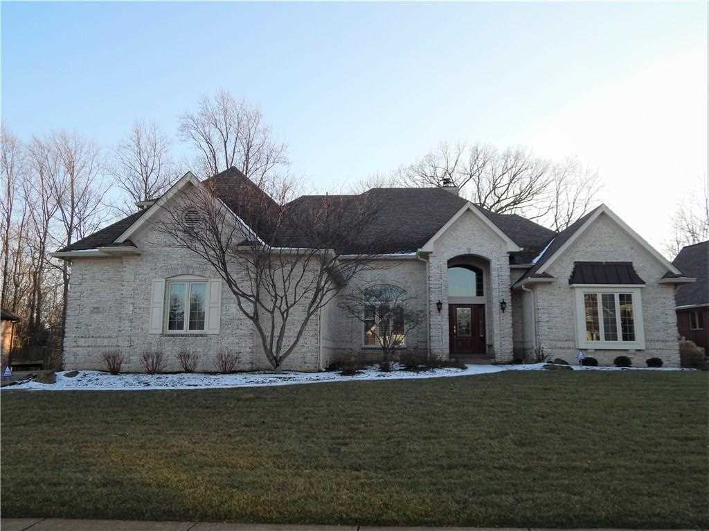 4335 Eagle Trace New Palestine, IN 46163 | MLS 21541960 Photo 1