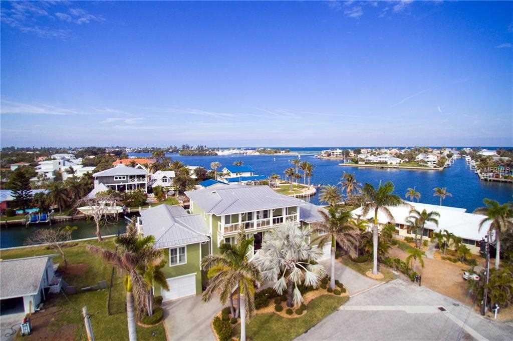 528 72Nd Street Holmes Beach, FL 34217 | MLS A4204971 Photo 1