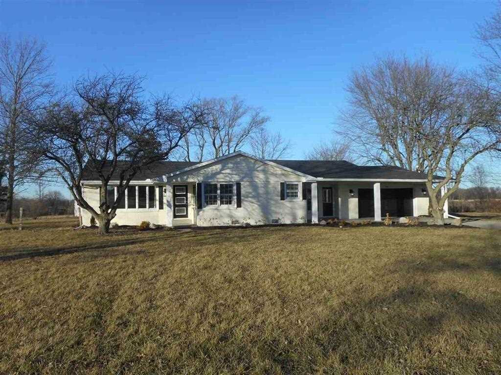 5320 E Mcgalliard Road Muncie, IN 47303 | MLS 21542587 Photo 1