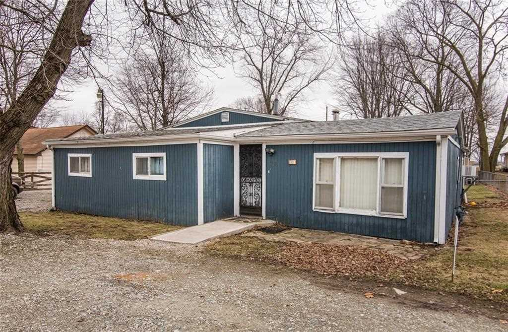 113 S Center Street Maxwell, IN 46154 | MLS 21542545 Photo 1