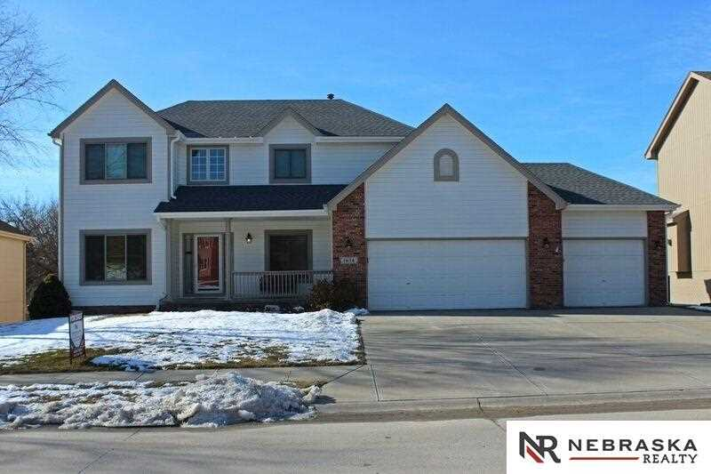 1658 N 174th Omaha, NE 68118 | MLS 21801465 Photo 1