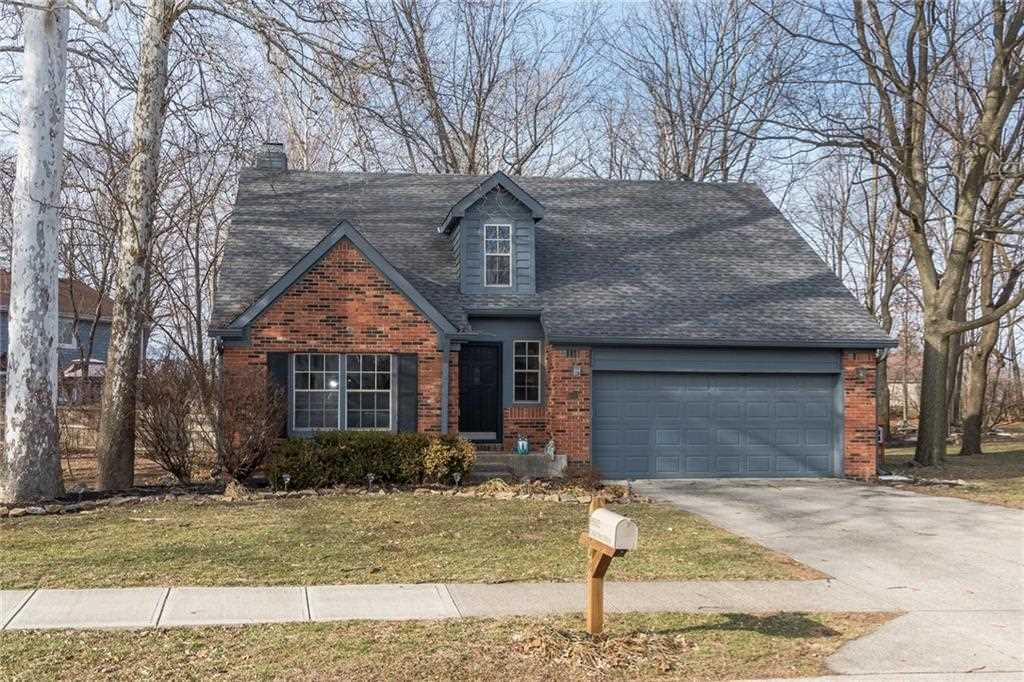 8502 Cedar Key Drive Indianapolis, IN 46256 | MLS 21543111 Photo 1
