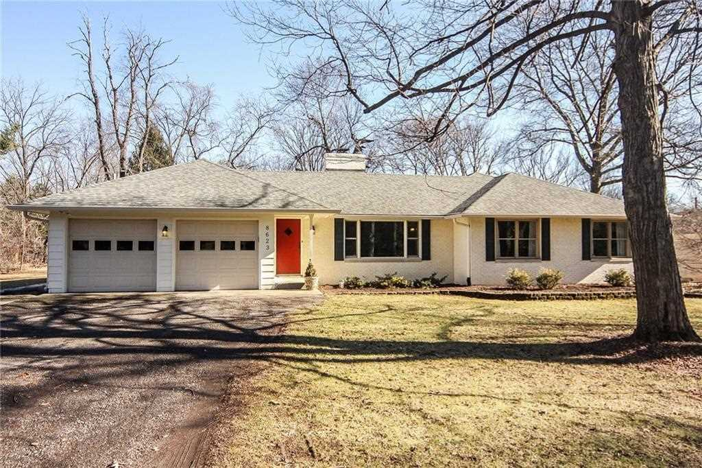 8623 Manderley Drive Indianapolis, IN 46240 | MLS 21542730 Photo 1