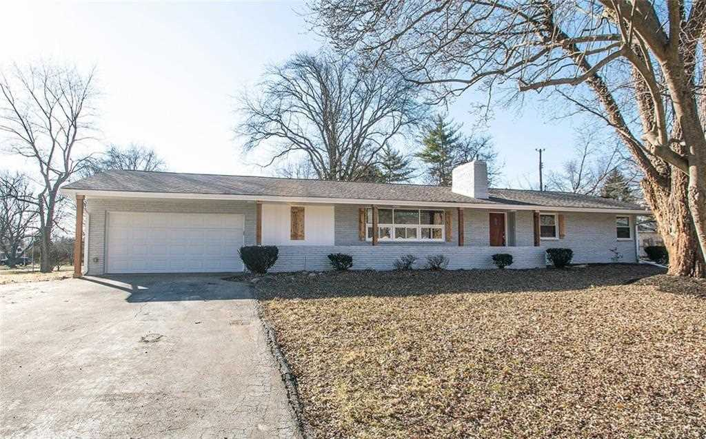705 E 82Nd Street Indianapolis, IN 46240 | MLS 21544214 Photo 1